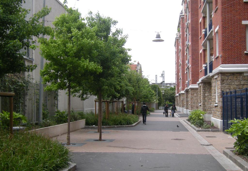 Atelier Alice Tricon / Jardins / Paysages - Losserand - Paris (75014)  - Allée principale réaménagée